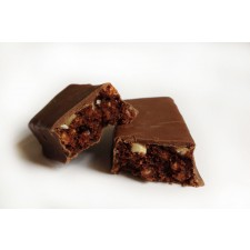 High protein chocolate & peanut flavour snack bar